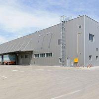 Xe nâng hàng 5 tấn nhập khẩu phục vụ cho công trình xây dựng